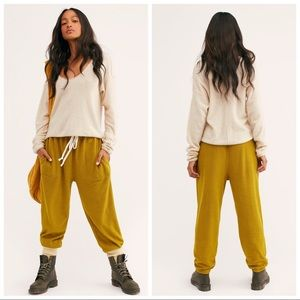 Free People Slouch Jogger In Cactus Size XS NWT